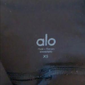 ALO Yoga Pants - Alo high waist elevate Legging